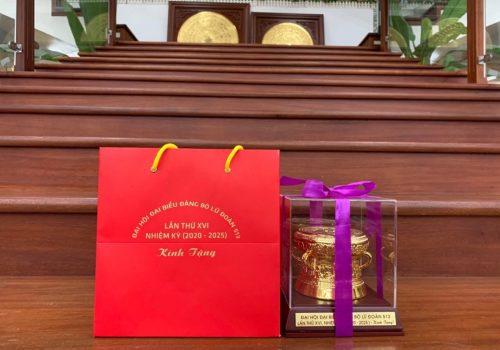 Quà tặng quả trống đồng mạ vàng