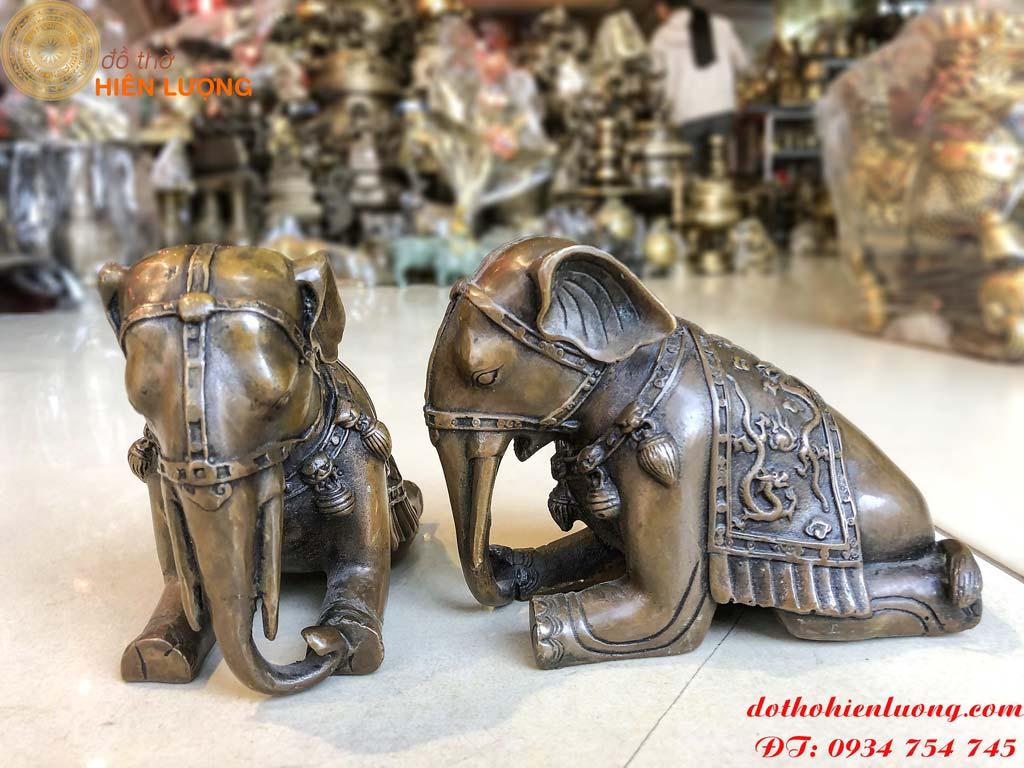 Tượng voi bằng đồng