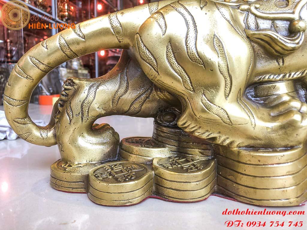 Tượng hổ phong thủy bằng đồng